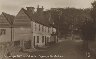 1920 Cottages adjoining The Old House at Home, Vicarage Hill