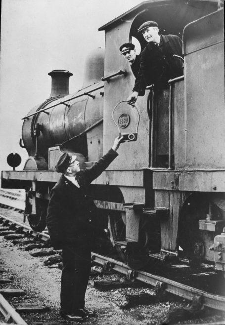 SER Q Class Taking Tablet From Signalman