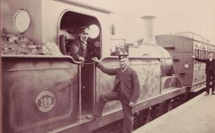 S.E.R Q class loco and crew