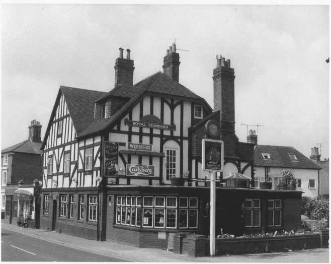 The Royal Standard in the 1960s. A second-generation Watkins tied house which replaced an earlier Victorian Public House on this site originally called 'The Rifleman', but then changed to The Royal Standard. The pub as shown here was the last to be built in Westerham and the second to be closed in the town in living memory.