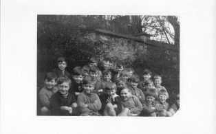 Hosey boys school pupil group Mons Bell