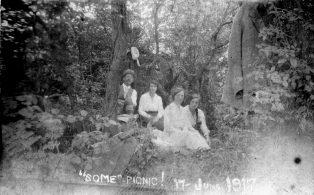 'Some' Picnic 17 June 1917