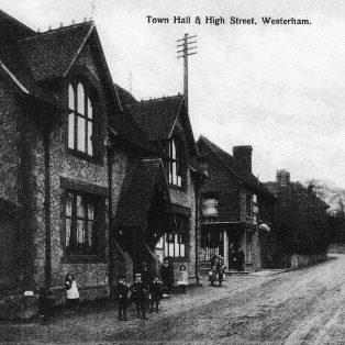Town Hall & High Street