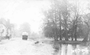 Long Pond, West of High Street, in winter including General Wolfe Pub