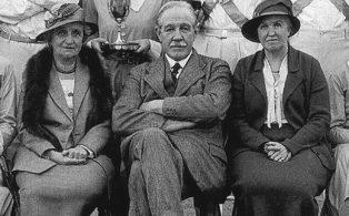 Westerham Country Dance Society circa 1934