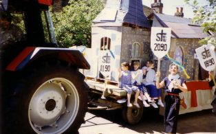 1990 Gala parade - Two more years to go...