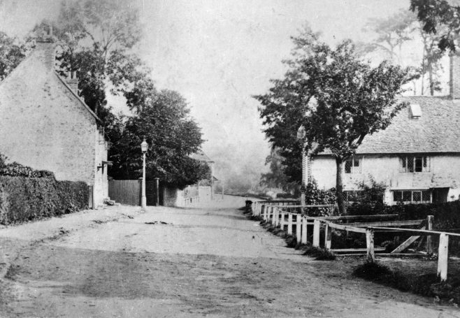 Heading eastwards towards Verralls Corner we see 'Pitts Cottage' on the left where William Pitt stayed while his house in Keston was being renovated. The three little cottages in a line perpendicular to the road on the right, were then known as 'Springfield Cottages'
